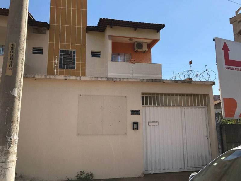Casa Estilo Sobrado Comercial ou Residencial No Bandeirantes