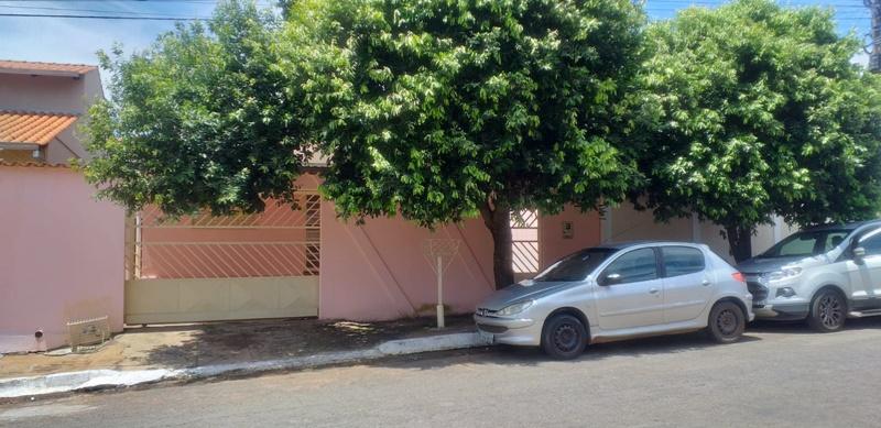 Casa no Conjunto Mara Morena/Nova Vila